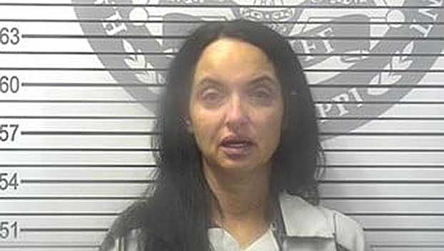 Tenn. nurse practitioner charged with using patient